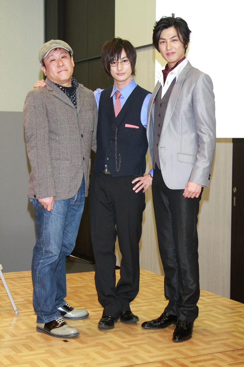 右から新井裕介、高崎翔太、金田敬監督