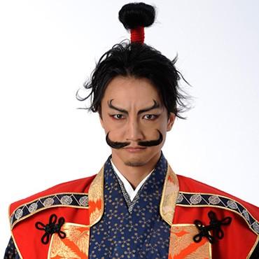 織田信長役の永山たかし