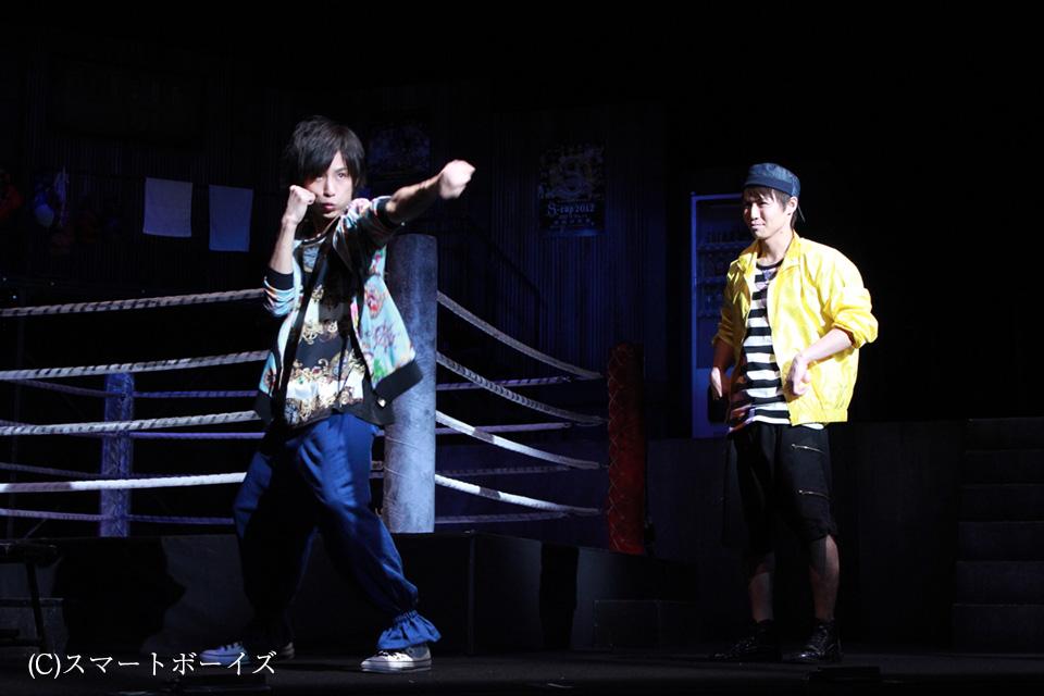 ステージ上のリングでイケメンたちがボクシング! 舞台『9 ...
