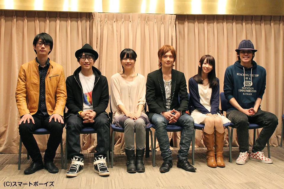 (写真左より)江口拓也さん、寺島拓篤さん、明坂聡美さん、KENNさん、大久保瑠美さん、宮野真守さん