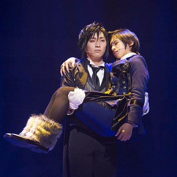 5月24日に23歳の誕生日を迎える松下優也さんが、13歳の田中偉登さんをお姫様抱っこ♪