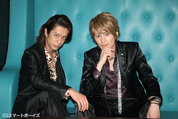 松本寛也さん(左)と向山毅さん