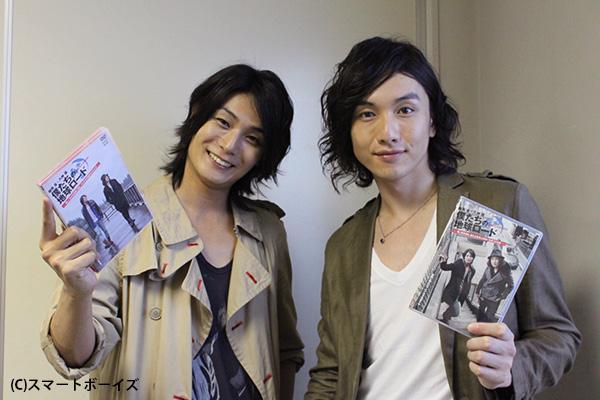 細貝圭さん(左)と八神蓮さん