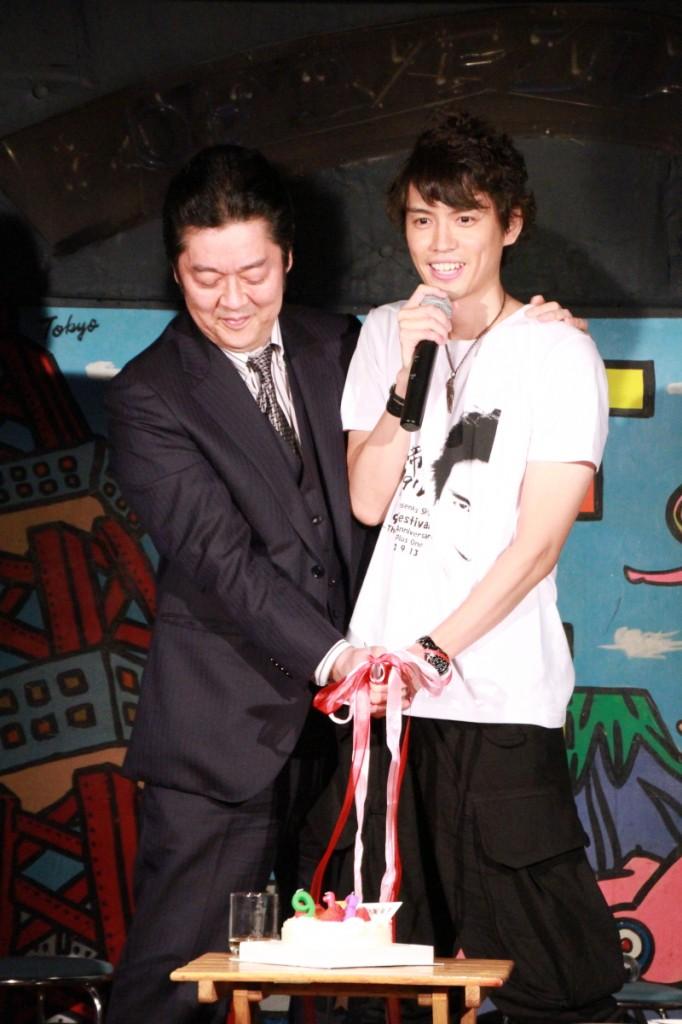 巨匠・井上敏樹さんと村上さんの結婚式(!?)が実現
