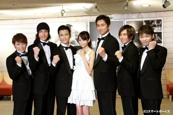(左より)深海さん、細貝圭さん、中河内雅貴さん、桐谷美玲さん、神尾佑さん、橋本汰斗さん、広海さん