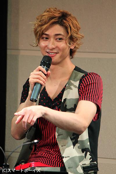 ロミオ役が大好評で、すっかり金髪が定着してきた古川雄大さん