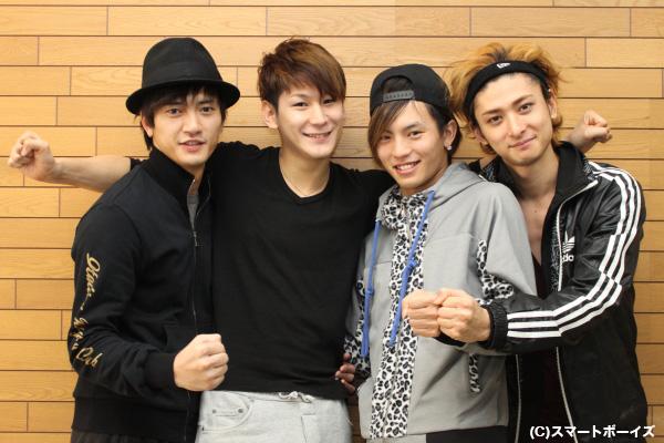 左から中河内雅貴さん、小野田龍之介さん、橋本汰斗さん、古川雄大さん