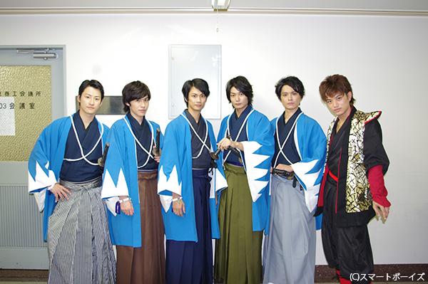 (写真左より)馬場徹さん、神永圭佑さん、馬場良馬さん、八神蓮さん、相馬圭祐さん、井上正大さん