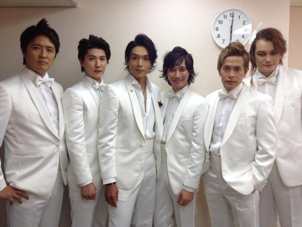 写真は9月29日のツアー東京アンコール公演にて。左から酒井一圭さん、林田達也さん、白川裕二郎さん、後上翔太さん、友井雄亮さん、小田井涼平さん