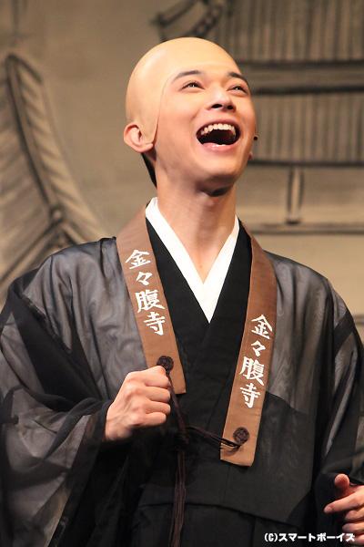 『仮面ライダーフォーゼ』仮面ライダーメテオ・朔田流星役でのブレイク後、初主演舞台も見事に成功させた吉沢亮さん