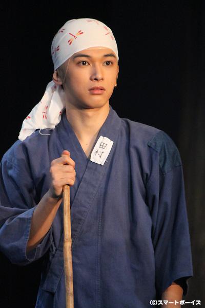 ぶっせんのライバル寺・金々腹寺からスパイとして送り込まれた田村正助役の吉沢亮さん