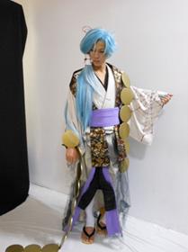 残忍な性格を妖しさで覆い隠す朧 八千代役には 大人の色気を持つ田中伸彦さん