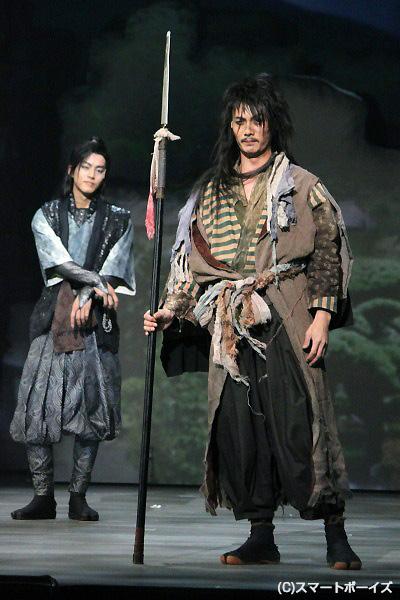 加藤和樹さんはじめ、十勇士たちの殺陣がハンパなくすごい!