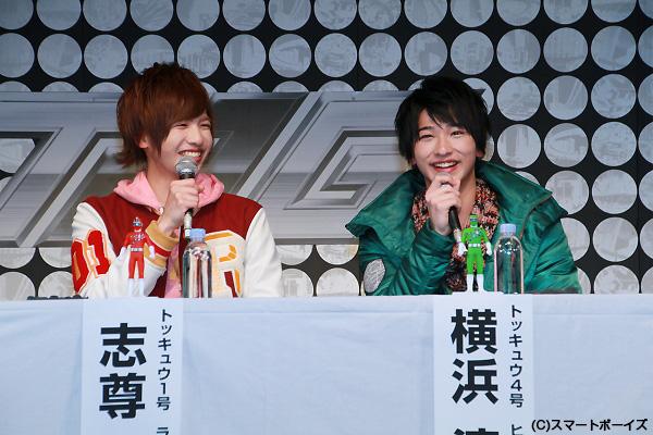 格闘技経験がある志尊さんと横浜さんは、会見後のヒーローショーのアクションがすごかったです!
