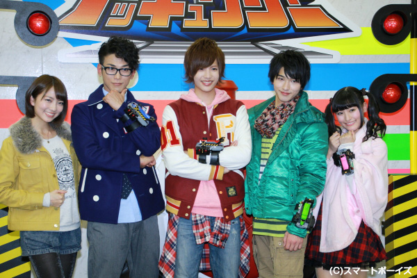 (左から)梨里杏さん、平牧仁さん、志尊淳さん、横浜流星さん、森高愛さん