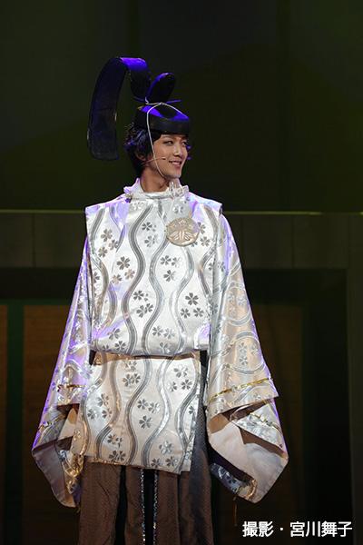 スタイル抜群の辻本祐樹さんは、見目麗しい源頼朝を感情豊かに熱演!