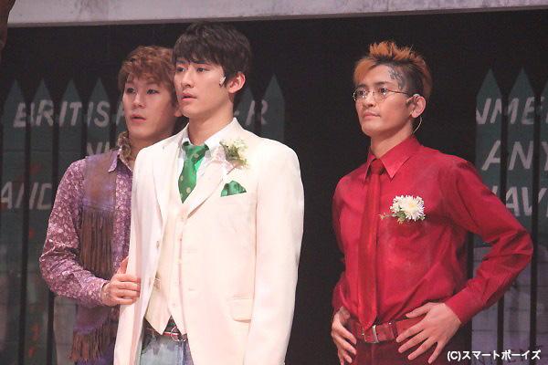 左から小野田龍之介さん、馬場徹さん、中河内雅貴さん