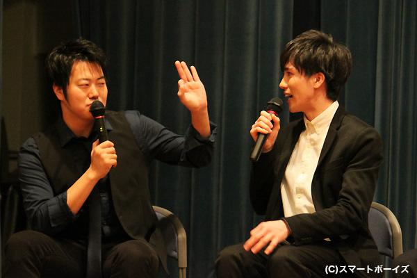 物おじしない寺坂さんの演技に、思わず「OK」サインが飛び出した遠藤さん