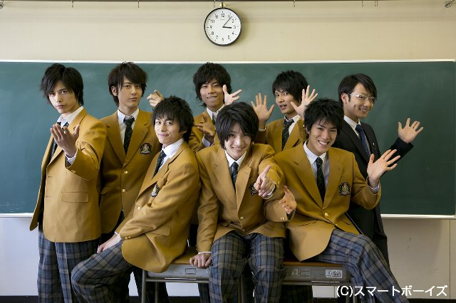 BOYS AND MENのMAKOTO誠が、この制服姿で2ショット撮影!