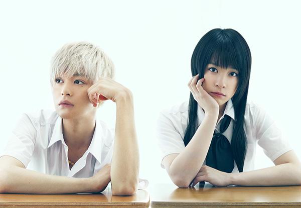 瀬戸康史さん(左)と北乃きいさん