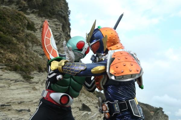 平成ライダーと昭和ライダーが激突!