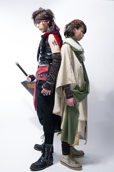 運命の兄弟を演じる汐崎アイル(左)と北村諒