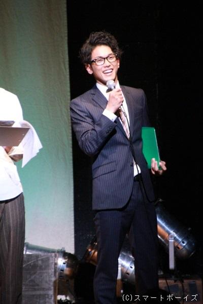 一瞬ですが、眼鏡姿を披露してくれた平牧さん。やっぱりお似合いですね!