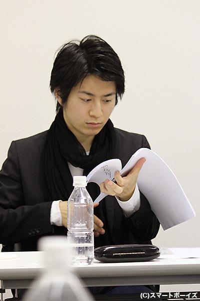 事件のカギを握る沢渡和也役の村井良大