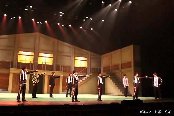 ライブのタンブリングの感動は、劇場で体感してください!