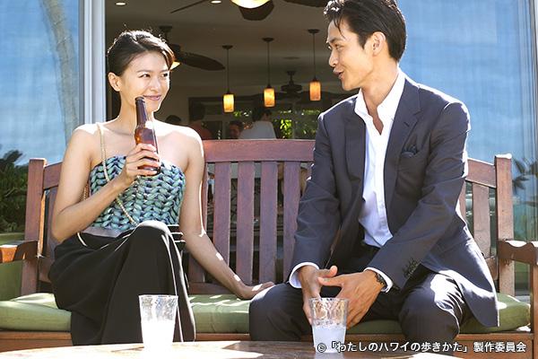 榮倉奈々(左)と瀬戸康史