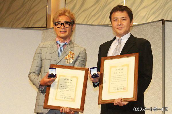(写真左より)つるの剛士さん、渡辺徹さん