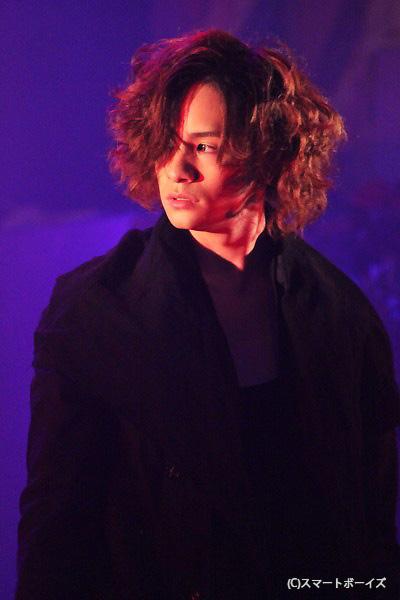 グレイ役の福山聖二さん