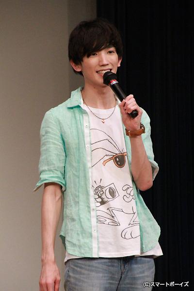 大介さんは、ここでも個性的なTシャツを披露