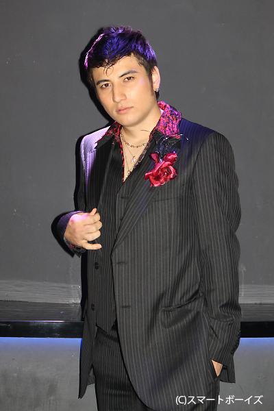 『お酒は友達!』イカれたハーフ系ホスト・アンド竜役の安藤龍さん