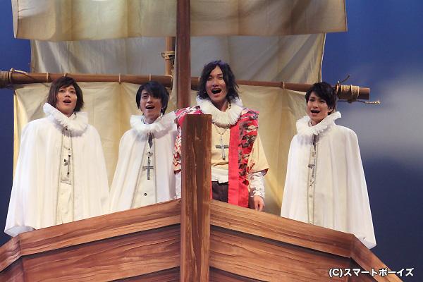 時代に翻弄された4人の天使たちの、波乱に満ちた生涯がここに!