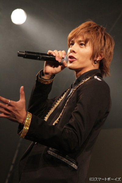 井出卓也さんのボーカルがメンバーを引っ張ります!