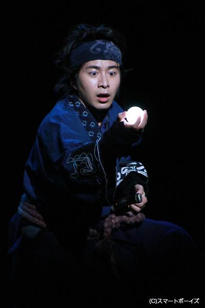 初演では小文吾演じ、今回は荘助を熱演!!