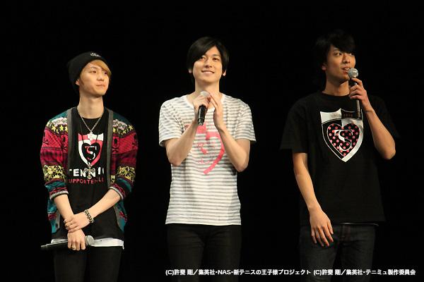 応援に駆け付けた2ndシーズンキャストの小越勇輝さん、山本一慶さん、黒羽麻璃央さん