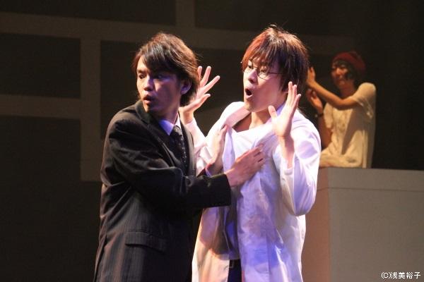 岩瀬寿文役の村上幸平さん(右)と、烏丸カオル役の阿部直生さんのお茶目なやり取りに思わず爆笑