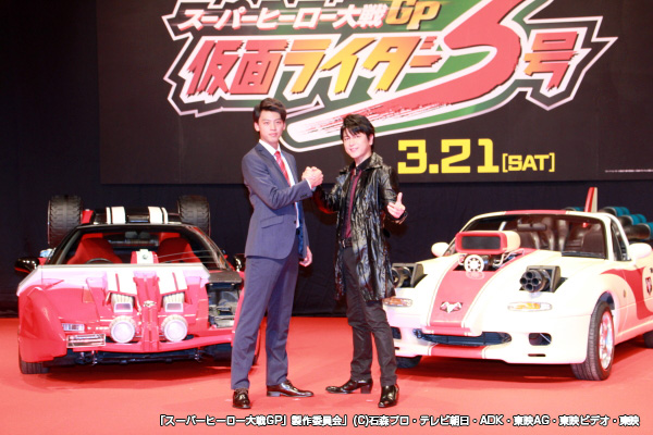 45歳の及川さんと21歳の竹内さん。とても親子ほどの年齢差には見えませんね