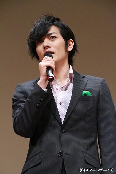 緑のハンカチーフがお似合いの久保田さん
