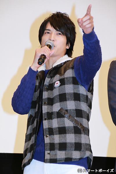 制作発表イベントに続いて「俺はかーなーりー強い」の名セリフを披露した中村さん