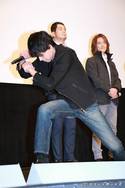倉田さんがファンのために魂を込めた変身ポーズをプレゼント