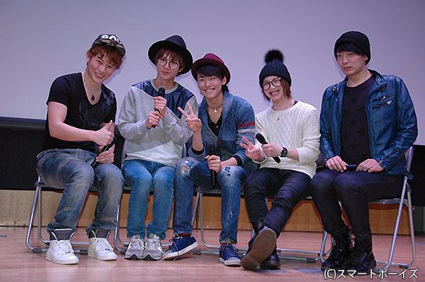 (写真左より)林明寛さん、平野良さん、内海啓貴さん、植田圭輔さん、磯貝龍虎さん