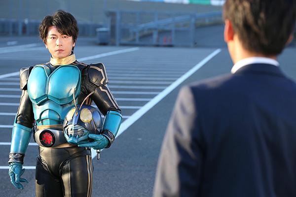 及川光博のライダー変身に日本中が注目!