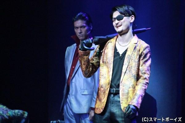 滝川さん演じる桐生一馬と、窪塚俊介さん演じる真島吾朗のバトルは必見!