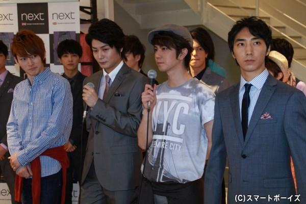 「Cort Theatre」 (左から)和田雅成さん、八神蓮さん、安里勇哉さん、中太佑さん