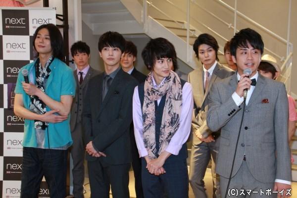 「Longacre Theatre」 (左から)五十嵐麻朝さん、松岡佑季さん、佐藤永典さん、田中康寛さん