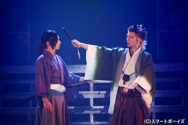 今作から、新選組の鬼副長・土方歳三役は佐々木喜英さんが演じます(写真左)