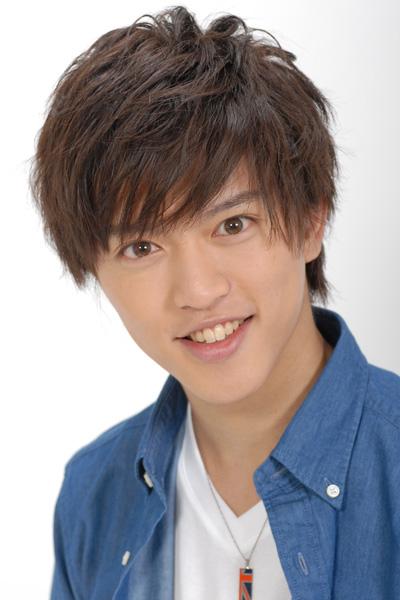 石渡真修さん演じる藤堂平助は、千鶴の幼なじみで何事にも一生懸命な性格。さらにはゲーマーという一面も持つ